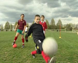 a documentary film : Soccer: team in the shadows