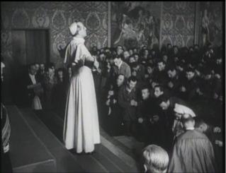 un film documentaire : L'Histoire des papes du XXeme siècle